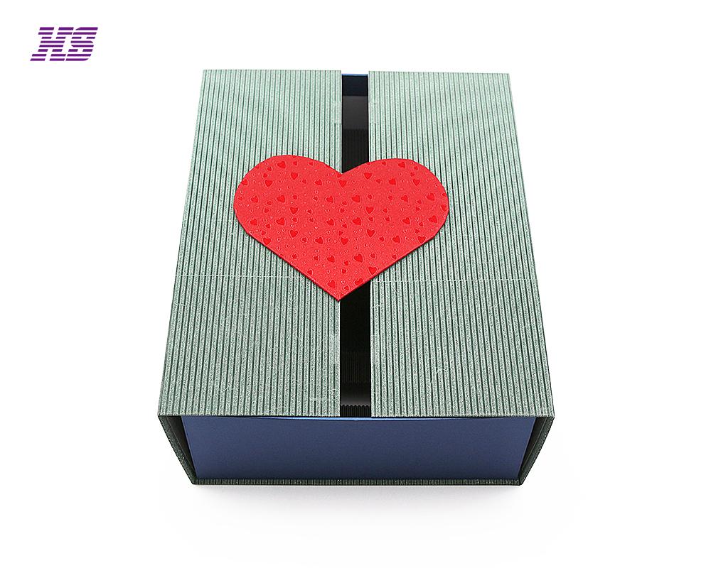 化妆品手工盒,特种纸包装,纸内托丝绸内托设计,磁铁折叠盒