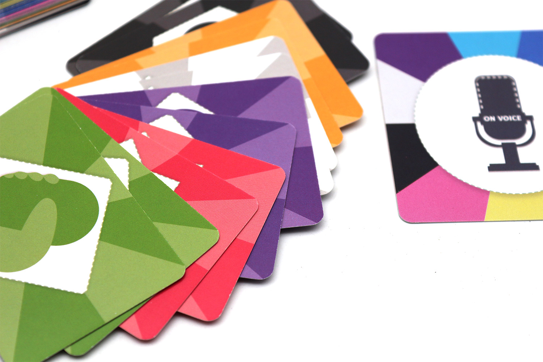 东莞厂家卡片印刷,儿童家庭一直卡牌定制加工可印刷logo