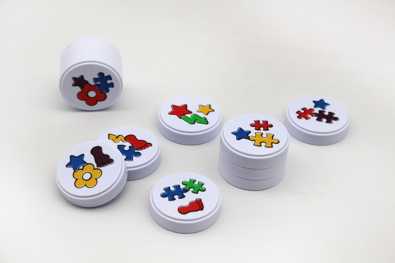 专业定制卡通玩具桌游牌 游戏镭射闪卡牌 桌游棋盘代币配件加工定做